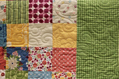 Quilt Photo with Floral Branch Panto